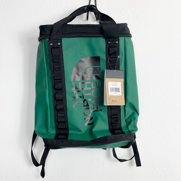 The North Face Explore Fusebox Backpack Evergreen Black Large 26L Day Pack